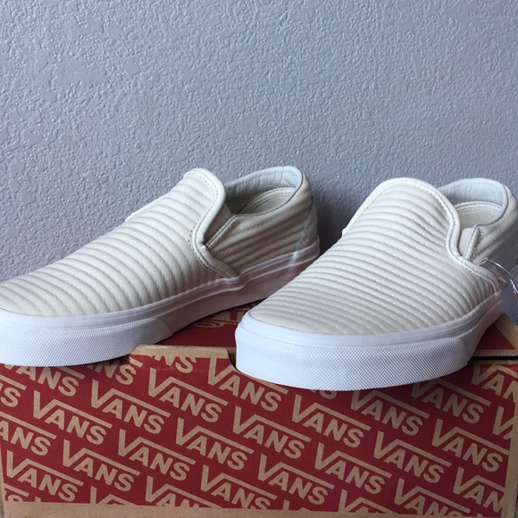 999fcede35 Vans Classic Slip-On Moto Leather Birch Blanc De B